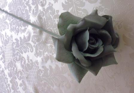 Růže šedá látková MH91813